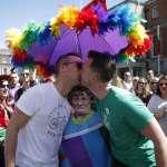 用愛取代仇恨》極右派團體因川普士氣大振 LGBT伴侶PO照洗版:我們才是正港「驕傲男孩」!