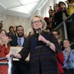 《血與仇》選摘(3):柯林頓提醒希拉蕊 政治無誠信
