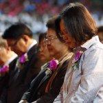 參加長老教會感恩禮拜 蔡英文:全心全意為台灣奉獻