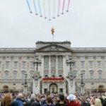 英女王「可能要搬出白金漢宮」