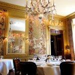 最低調神秘、卻最受巴黎老饕喜愛的餐廳─眾神之食