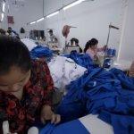 H&M血汗工廠紀實(中)工人縫製的外套,整年薪水也買不起