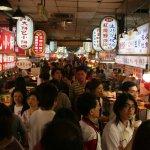 勞動部:小吃攤、冷飲攤、辦桌納入勞基法 約2萬人受惠