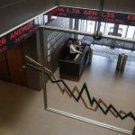 休市五周再開盤 希臘股市重挫23%