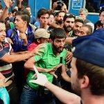 有票卻上不了車 布達佩斯火車站禁止難民進入