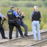 資深警員巡邏遭槍殺 驚動美國伊州小鎮
