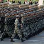 中國大閱兵》習近平宣布:人民解放軍裁軍30萬!