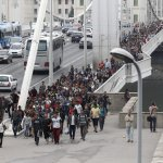 步行170公里 不耐久候的難民由匈牙利走到奧地利