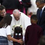 方濟各訪美》歷來第三位訪華府教宗 美正副元首伉儷親自接機