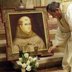 「加州的使徒」卻是迫害原住民的「兇手」教宗美國封聖挑動殖民歷史爭議