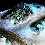 NASA破天荒證實:火星地表今日仍有流動的液態水
