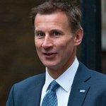 英國衛生大臣呼籲「向中國人學習」後……