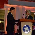 駐美處國慶酒會掛國旗唱國歌 15眾議員出席