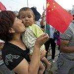 中國大學教授提出「窮人合娶老婆」引眾怒