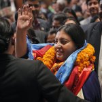 大地震災民仍無家可歸 尼泊爾女總統想花3千萬買新車挨批