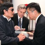 中國境內唯一安全之地──美國大使館:《盲眼律師》選摘(2)