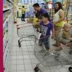 中國「光棍節」狂掃奶粉 廠商向澳母親致歉