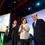 風評:台灣,還能站在誰的對立面?