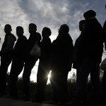 巴黎恐攻》現場發現敘利亞護照 歐洲難民潮的政治難題