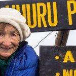 俄羅斯86歲阿嬤登上非洲最高峰 刷新金氏世界紀錄