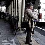 每年10萬名日本人為照顧爸媽丟工作!爸爸病倒後,高階主管看透的5個社會現實