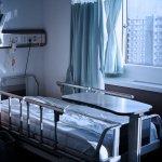 在病房看見台灣最美風景!住遍中港台醫院的她眼中,台灣醫療有多好?