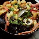 愛上貝殼麵》一起學漁夫利用所剩魚貨,做出這兩道海鮮麵