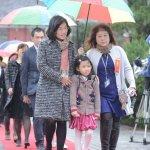 蘇貞昌不搶風頭,蘇巧慧帶女兒走紅毯
