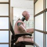 華爾街老牌銀行積極擁抱新趨勢:機器人理財搶攻財管市場