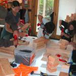 為了「安全著想」所以訂規矩?工匠學校創辦人:你該讓孩子做這5件危險事