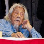 台灣歐吉桑講話了,99歲史明:「結婚」與否是個人自由