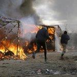 法國開拆加萊難民營「叢林」釀衝突 人權組織質疑成效有限