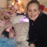 腦性麻痺、雙眼失明、生命只剩幾個月 小女孩盼來了愛黛兒的「Hello」