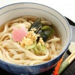 大阪人偏好「柴魚」還是「昆布」湯頭?從烏龍麵、雜煮感受日本各地文化特色