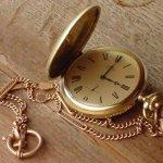 把時間放在口袋裡細細收藏...懷錶再次流行,你知道它的由來嗎?
