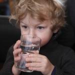 沒事多喝水,多喝水沒事?大陸首席中醫師:小心又冷又毒