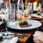 火鍋、燒烤吃到飽餐廳,你會從哪一樣開始?用餐時吃對順序很重要