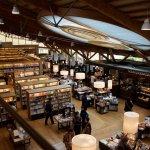 蔦屋書店跨足經營圖書館,小鎮蚊子館變觀光奇蹟