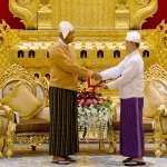 緬甸總統碇喬宣誓就職 翁山蘇姬成「太上總統」兼掌多個部會