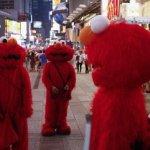 有礙市容觀瞻? 紐約市議會通過法案 限制時報廣場布偶人活動範圍