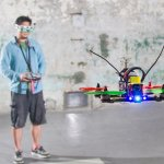 10年資深遙控飛機迷,憑熱情造就台灣之光!他要打造全世界最快的競速無人機