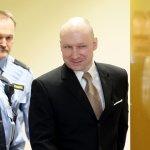 挪威大屠殺兇手抱怨單獨監禁「不人道」 法院判他贏!