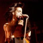 紫雨不再落下》美國流行樂壇傳奇「王子」驟逝 得年57歲