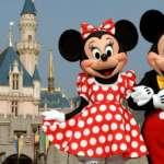 香港迪士尼大舉裁員 員工靜坐表達不滿