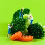 燙青菜比炒青菜更健康嗎?專業營養師就4個層面分析…
