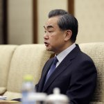 中國外長訓斥記者,加拿大政府表示不滿