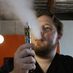 電子菸照禁!加州零菸害新法 提高合法吸菸年齡至21歲