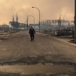 9萬人大逃難》森林惡火延燒產油重鎮 加拿大經濟恐受重創