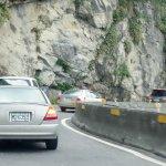 蘇花公路開放2小時通行1457輛車 安全考量再封路