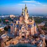 中國上海迪士尼樂園試營運 三口之家一天得花1萬3 嚇跑消費者